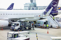 Aircraft refueling at an airport