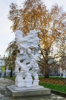 Skulptur Runner, PalaisPopulaire, Berlin, Deutschland