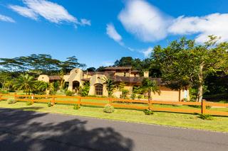 Panama Boquete villa in mexican style with garden