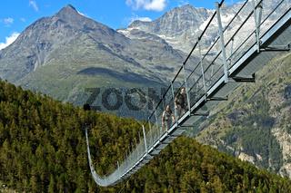 Charles Kuonen Hängebrücke, Randa, Wallis, Schweiz
