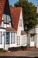 idyllic houses