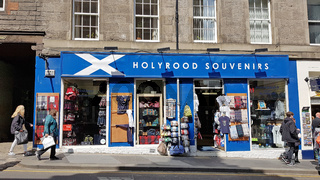 Shop für Schottland Souvenirs in der Canongate in Edinburgh