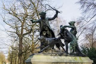 Skulptur Hasenhetze, Grosser Tiergarten, Berlin, Deutschland