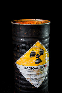 Heat in cylinder container of radioactive material