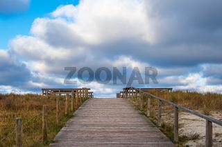 Strandaufgang an der Küste der Ostsee auf dem Fischland-Darß