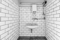 altes Bad Installation Waschraum