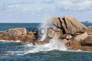 Cote de Granit Rose Rocks with splash