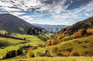 die Schwarzwald Gemeinde Münstertal im Herbst