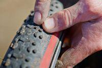 Bicycle wheel punctured, pecking repairing Bicycle tyre