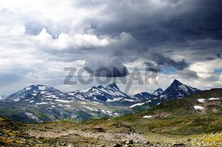 Cloudy mountain scenery