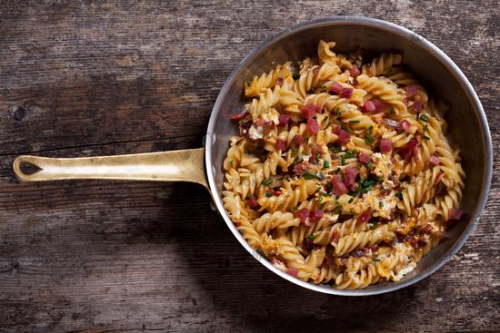 Pan with ham noodles