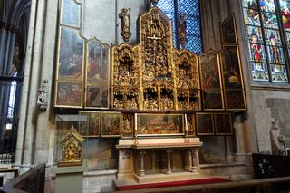 Agilolphusaltar und Agilolphusschrein im Kölner Dom