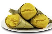 Toddy Palm Cake or Kanom Tarn, the local Thai dessert