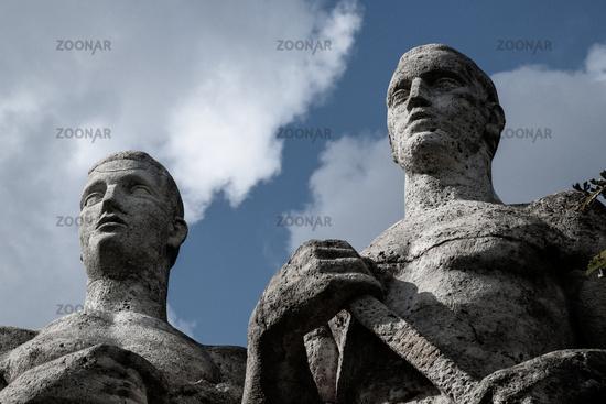 Statues Olympic Stadium Berlin (Olympiastadion)