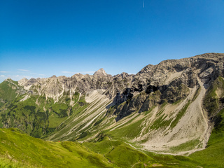 Panoramic hike at the Nebelhorn in Allgau