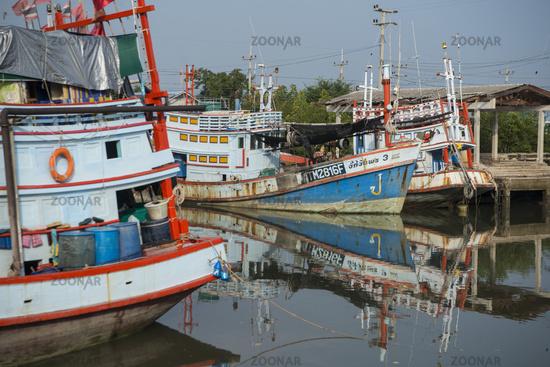 THAILAND PHETBURI GULF OF THAILAND FISHING