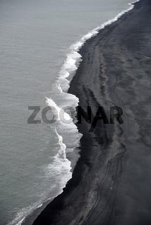 Strand an der Dyrholay, Island
