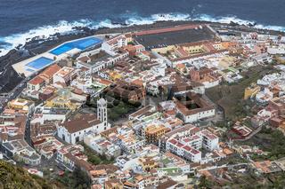 Blick vom Mirador de Garachico auf  Garachico in Teneriffa