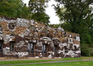 Grotte im Park Neuer Garten, Potsdam, Brandenburg