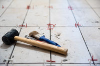 Ceramic tiles and tools for tiler
