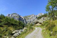 hiking trail to the mountain Hochweissstein