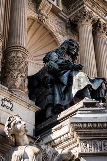 Statue of Moliere in his fountain in Paris