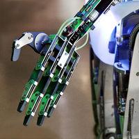 KI_Roboterhand_07.tif