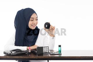 Muslim face beauty cosmetic