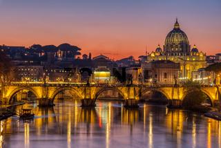 Der Tiber und der Petersdom