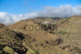 Wanderweg auf den Bergkämmen über Valle Gran Rey mit Blick Richtung Arure
