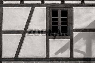 Das Fenster eines Fachwerkhauses