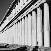 Row of cassical greek columns