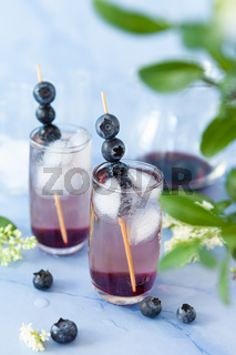 Cocktail mit Blaubeere