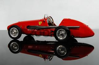 Rennauto Ferrari