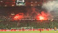 Hannover 96 Fans zünden Pyrotechnik