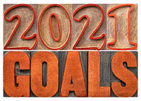 2021 goals word abstract in wood type