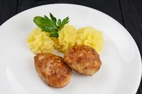 Chicken meat cutlet with mashed potatoes
