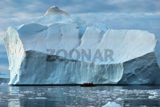 Eisberg in der Disco-Bucht