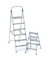 Aluminum ladders with different sizes
