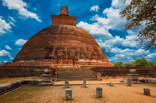 Jetavaranama dagoba Buddhist stupa, Anuradhapura, Sri Lanka