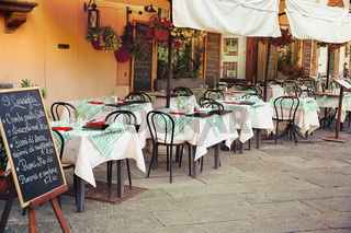 Lucca - outdoor dining nook in Tuscany