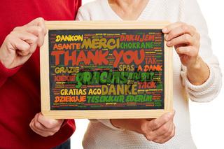 Danke in vielen Sprachen auf einer Tafel