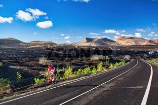 Auf der Kanareninsel Lanzarote finden Radsportler ideale Wetterbedingungen für ihren Sport