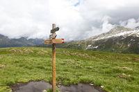 Wegweiser in den Ötztaler Alpen, Tirol, Tyrol