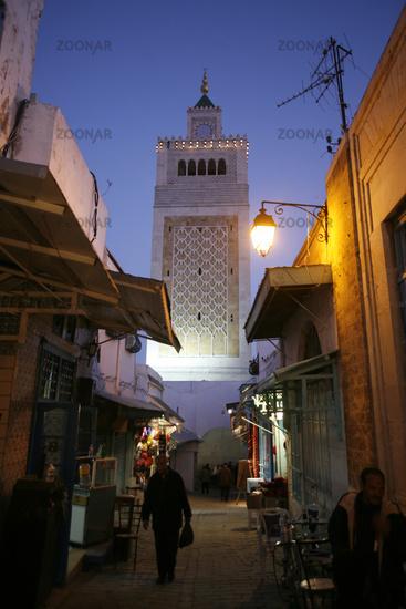 TUNISIA TUNIS CITY MEDINA EZ ZITOUNA MOSQUE