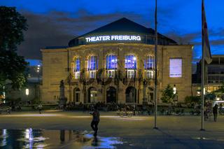 Theater Freiburg, Sommerabend