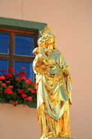 The statue of the Virgin Mary is a sight of Riedenburg