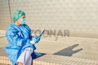 Containment Scout vom Gesundheitsamt bei Coronavirus Kontaktverfolgung