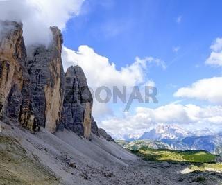 Nordseite des Gebirgsstocks der Drei Zinnen in den Sextner Dolomiten