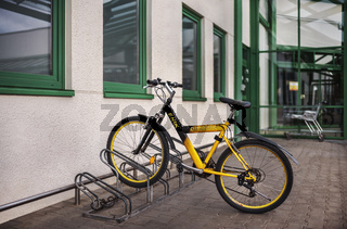 Das Fahrrad abgestellt...